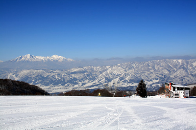 skiarea03.jpg